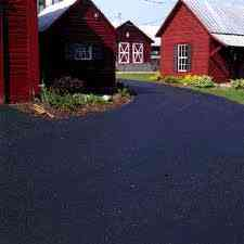 Blacktop sealcoating for parking lots and Driveways